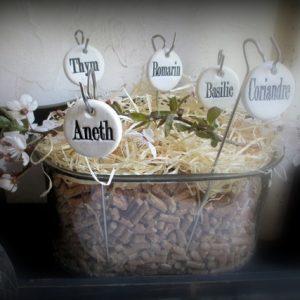 Pique de jardin noms des plantes ou aromates céramique originale artisanale jardinière personnalisable