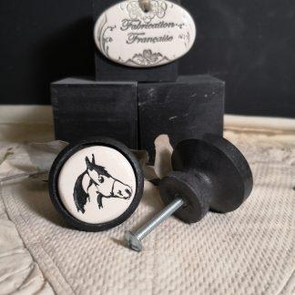 Bouton poignée meuble tête de cheval couleur bois noir