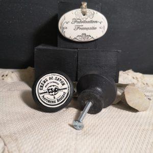 Bouton poignée meuble button handle tiroir porte artisanal original pub Crème de Savon couleur bois noir