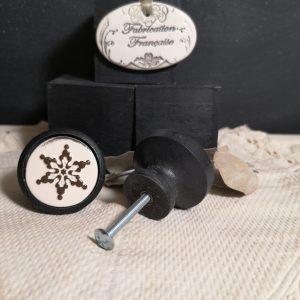 Bouton poignée meuble button handle tiroir porte artisanal original Snowflake couleur bois noir