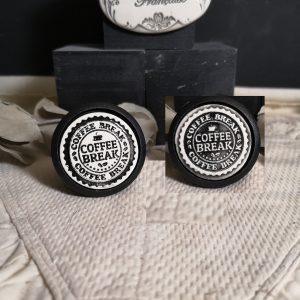Bouton poignée meuble de tiroir ou porte artisanal original pour cuisine salle de bain chambre bureau ou autre COFFEE BREAK en céramique présentation bois noir