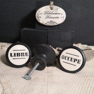Bouton poignée meuble de tiroir ou porte artisanal original pour cuisine salle de bain chambre bureau ou autre Vintage LIBRE OCCUPE en céramique bois noir