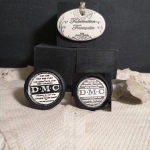 Bouton poignée meuble button handle tiroir porte artisanal original pub DMC couleur bois noir