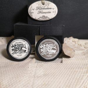 Bouton poignée meuble button handle tiroir porte artisanal original J.R. Coats couleur bois noir