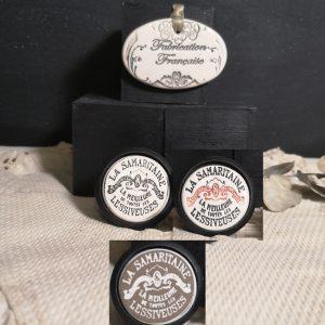 Bouton poignée meuble button handle tiroir porte artisanal original pub La Samaritaine couleur bois noir