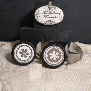 Bouton poignée meuble button handle tiroir porte artisanal original pub Moments Partagés, Moments Douceurs couleur bois noir