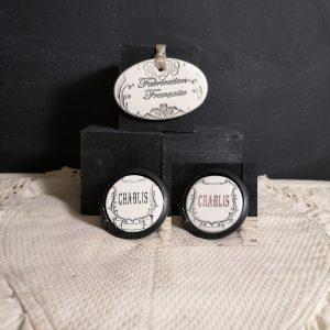 Bouton poignée meuble de tiroir ou porte artisanal original pour cuisine salle de bain chambre bureau ou autre Vintage Vin de Chablis en céramique présentation bois noir