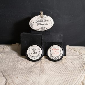 Bouton poignée meuble de tiroir ou porte artisanal original pour cuisine salle de bain chambre bureau ou autre Vintage Vin de LORAINE en céramique présentation bois noir