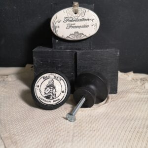 Bouton poignée meuble button handle tiroir porte artisanal original Big Ben couleur bois noir