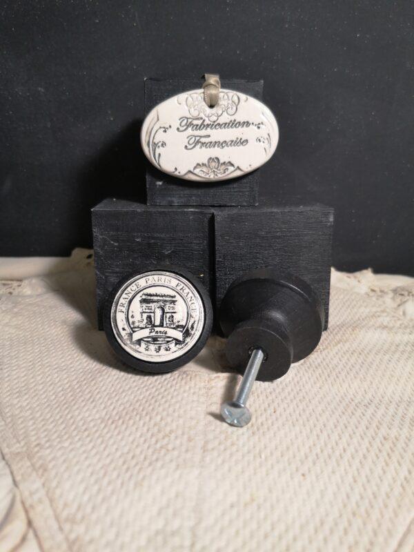 Bouton poignée meuble button handle tiroir porte artisanal original PARIS couleur bois noir