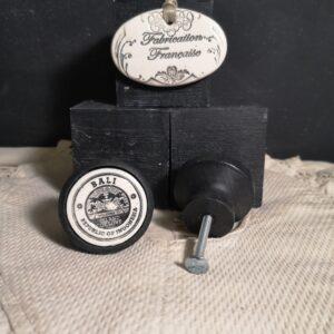 Bouton poignee meuble button handle tiroir porte artisanal original BALI couleur bois noir