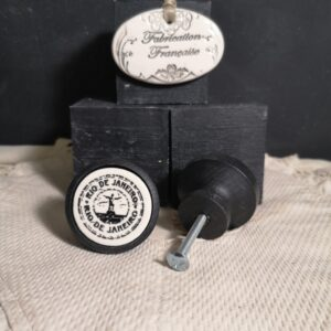 Bouton poignee meuble button handle tiroir porte artisanal original BRESIL couleur bois noir