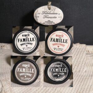 bouton-poignee-meuble-button-handle-tiroir-porte-artisanal-original-pub-cuisine-inscription-chambre-esprit-de-famille-ceramique-presentation-bois-noir