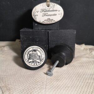 Bouton poignee meuble button handle tiroir porte artisanal original ROME couleur bois noir