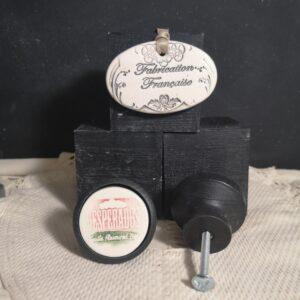 Bouton poignée meuble de tiroir ou porte artisanal original pour cuisine salle de bain chambre bureau ou autre Desperados en céramique bois noir