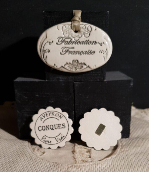 Magnet aimanté cadeau publicitaire personnalisable noël entreprise mariage baptême céramique Fleur noir plus beaux villages de France et autres Aveyron vivre vrai CONQUES