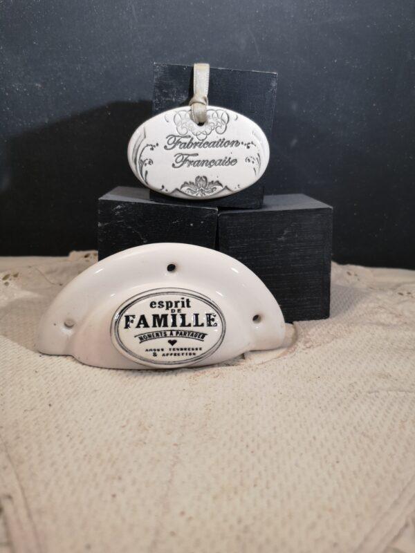Poignée coquille meuble de tiroir ou porte artisanal original pour cuisine salle de bain chambre bureau ou autre Esprit de famille en céramique poignée crème ovale crème